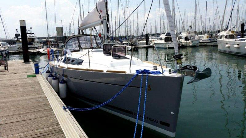 Beneteau-Oceanis-37